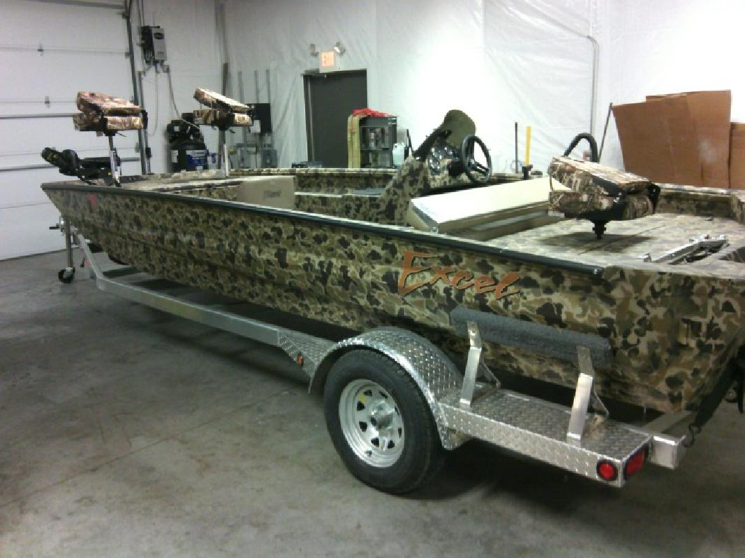 2015 - Excel Boats 2072 Viper Side Console in Grand Rivers, KY