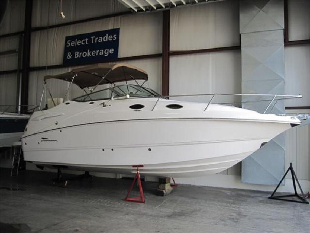 2004 24' Chaparral Boats Signature 240 Signature in Huron, Ohio