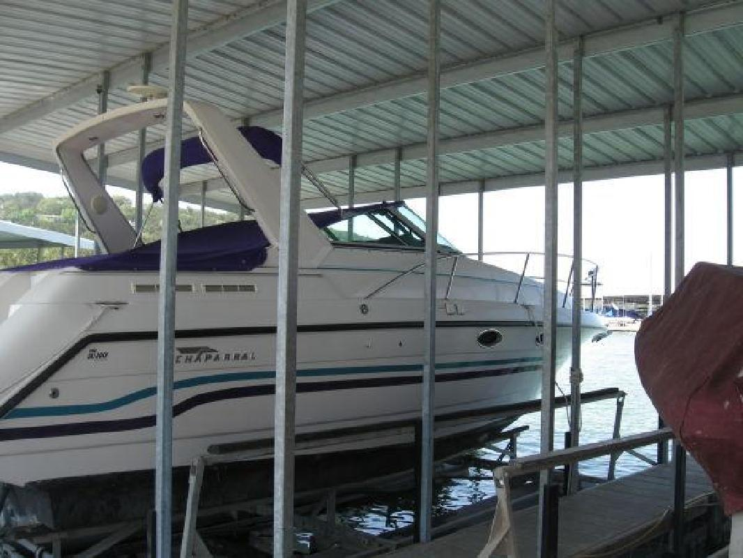 1994 31' Chaparral Boats 31 Signature / FRESH WATER ONLY