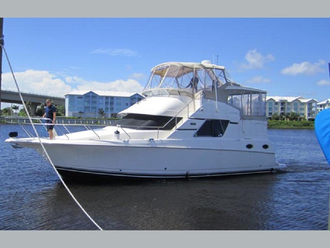 39 foot boats for sale in fl boat listings. Black Bedroom Furniture Sets. Home Design Ideas