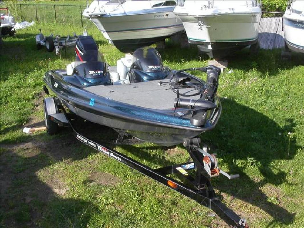 2001 18 39 triton boats fish ski boats tr 186 dc for sale for Triton fish and ski