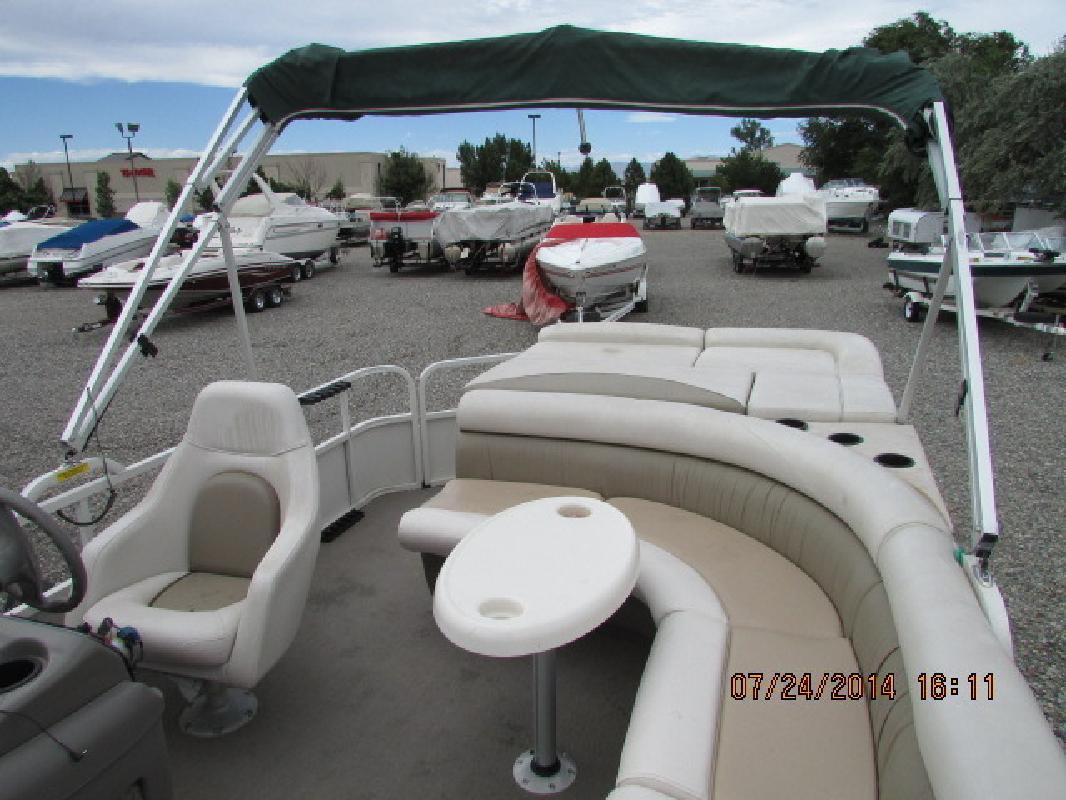 2004 Crestliner Boats 2281 Fish Ski Pontoon Grand Junction