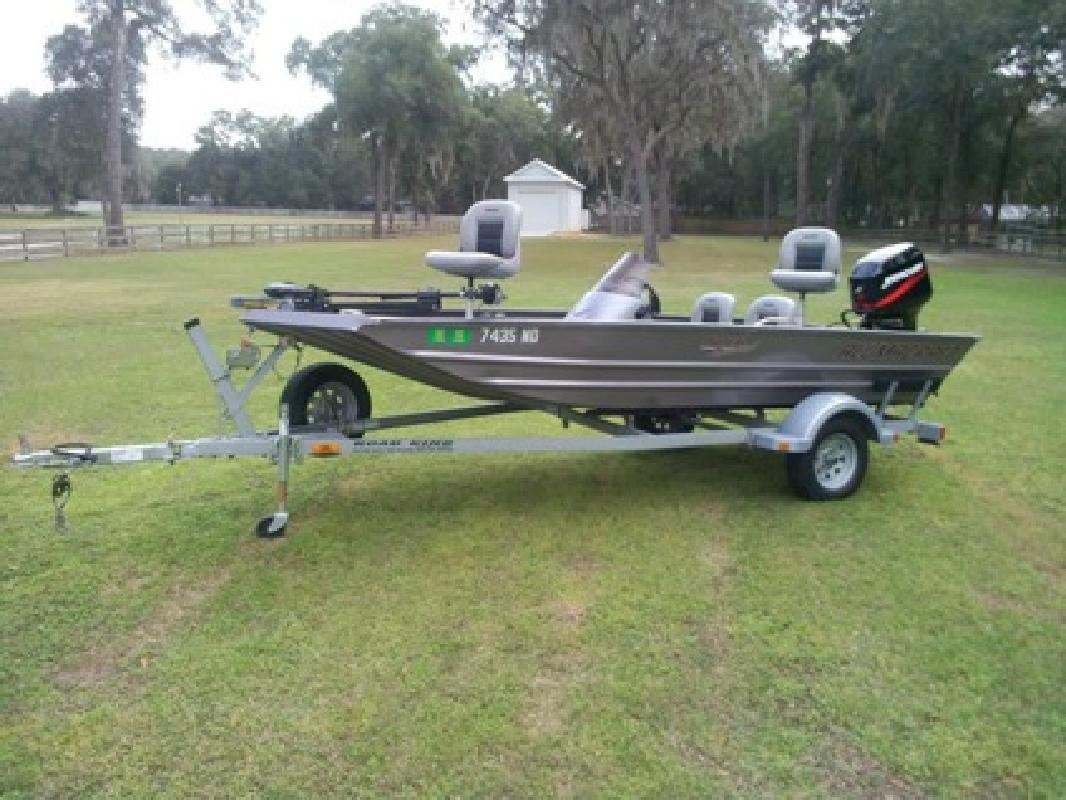$2,300 .2006 Alumacraft MV TEX Special Aluminum Bass