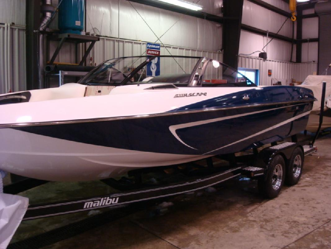 2011 21' Malibu Luxury Sport-V Sunscape 21 LSV