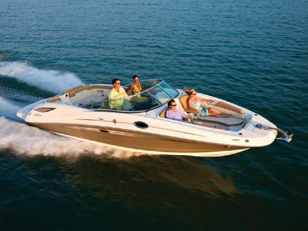 2011 29' Sea Ray Sport Boat 300 Sundeck