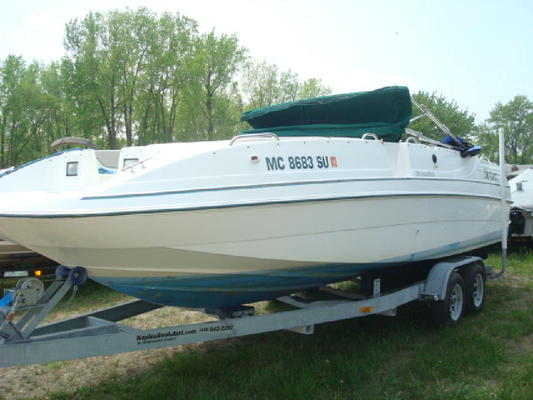 1997 25' Cobia Boats 256 Sport deck 256 Sport Deck