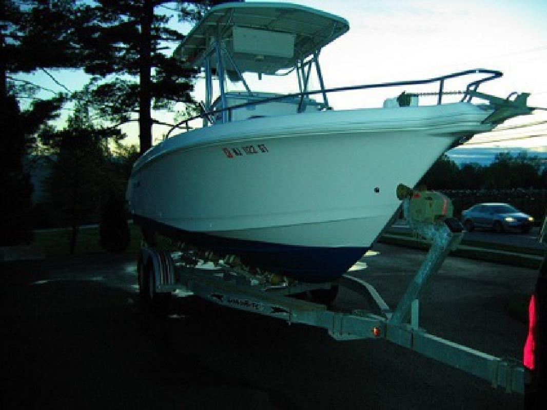 $3,005 2003 Proline 23 Sport Perfect Boat
