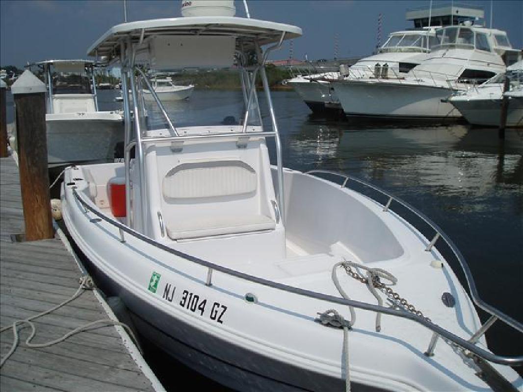 2003 23' Pro-Line Boats, Inc. Sport Series 23 Sport CC