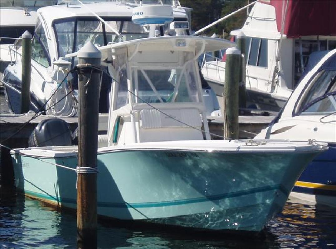 2008 25' Regulator Marine Sportfishing Boat 26 Classic