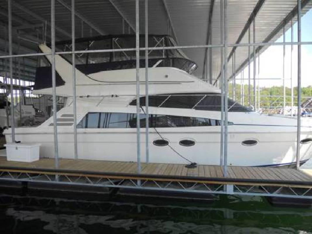2007 Carver 42 SS Cabin Cruiser