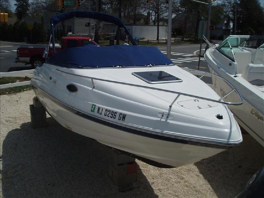 2004 20' Chaparral Boats SSi 215 SSi