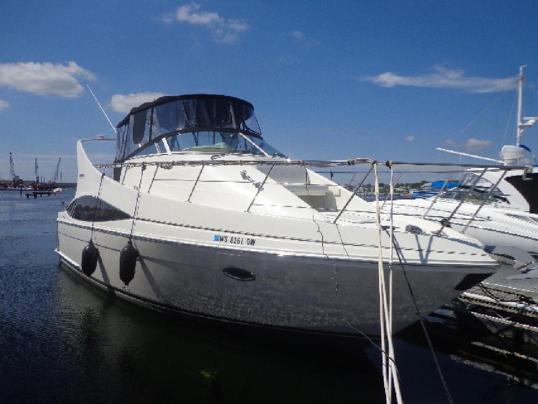 2004 Carver Yachts 360MARINER Sturgeon Bay WI