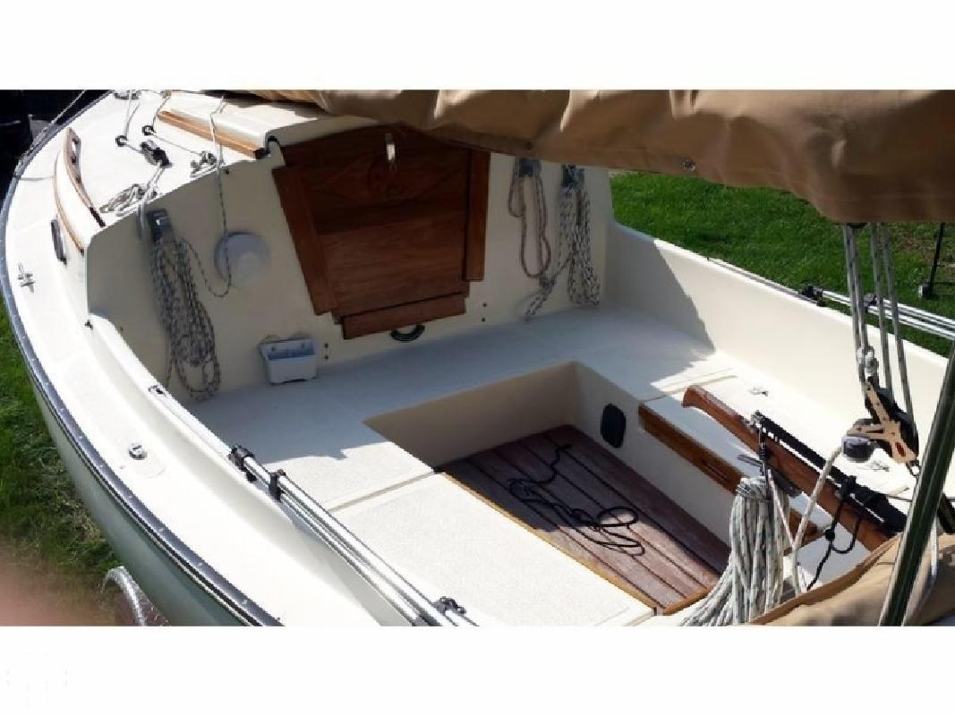 2012 Com-Pac Yachts 17 Sun Cat Chesterfield MO for sale in