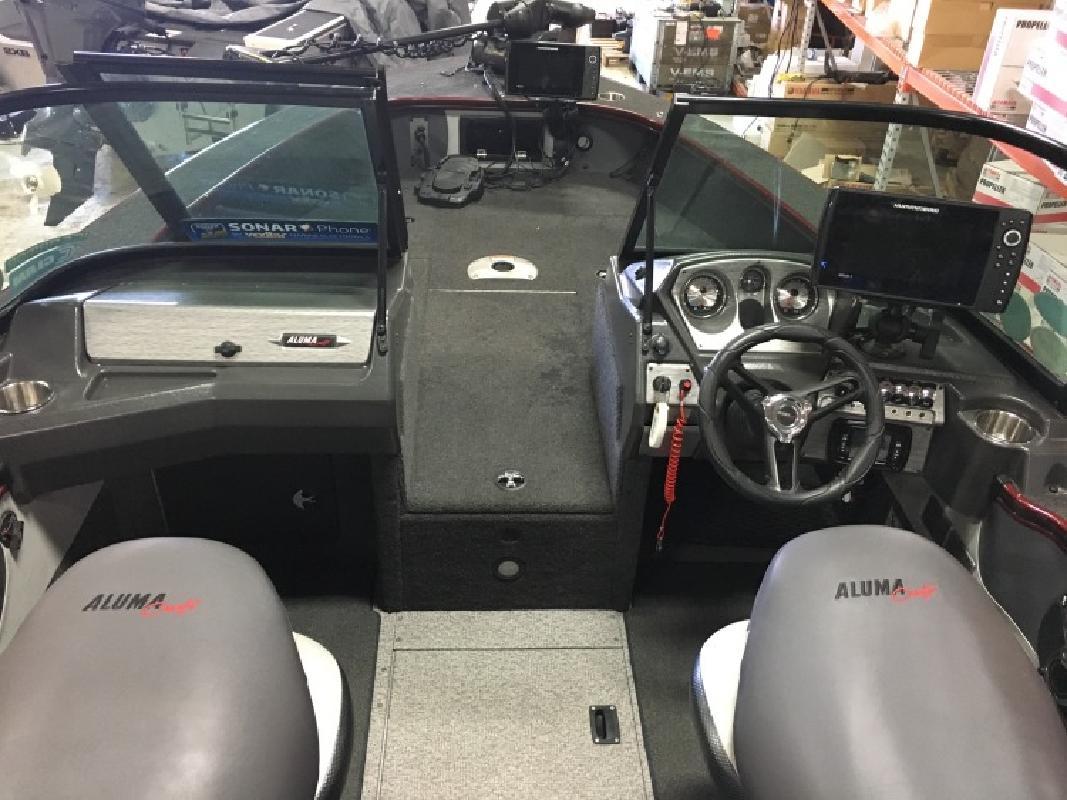 2016 Alumacraft 195 Tournament Sport - 200hp Suzuki - Custom Trl in Bloomington, MN