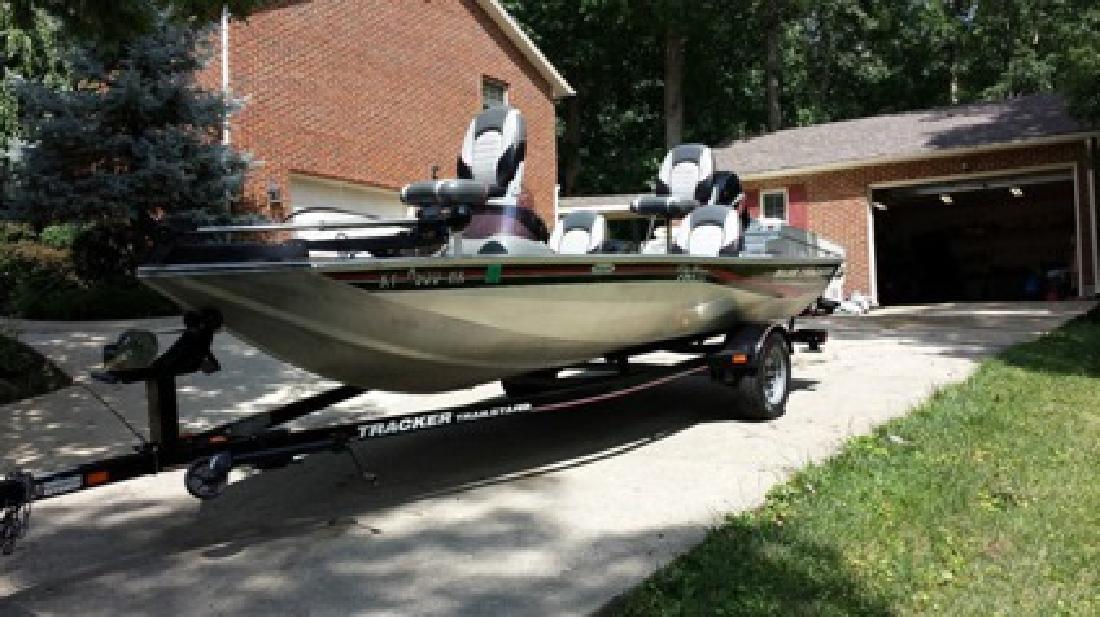 $2,790 2006 Bass Tracker Pro Team 170 TX