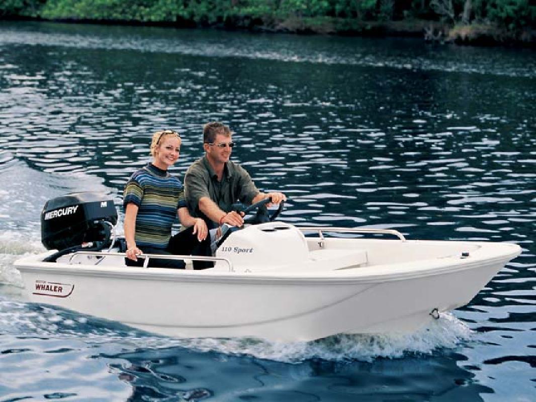 2011 11' Boston Whaler Tender/Sport 110 Sport in Medford, Massachusetts