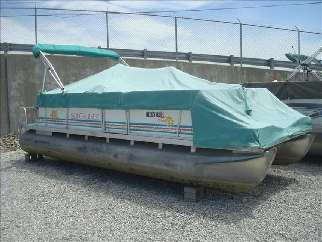 1995 Sun Cruiser by Lowe Trinidad 200 Syracuse IN