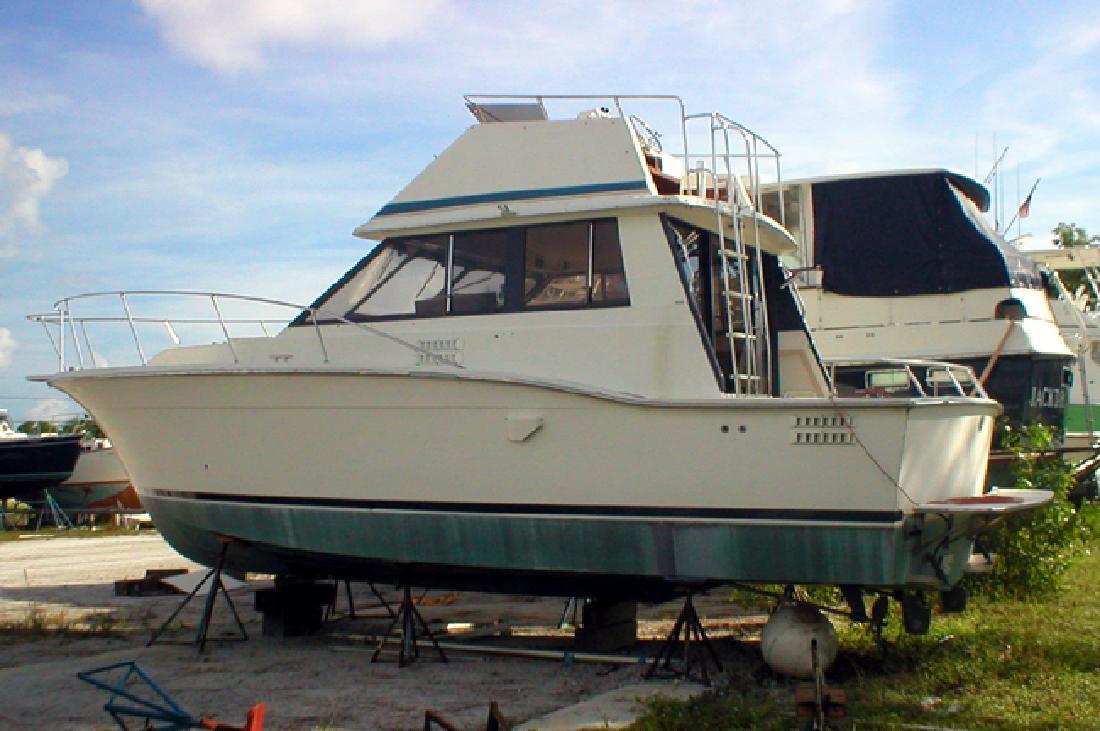 1986 32' Trojan F32 for sale in Stuart, Florida | All Boat Listings.com
