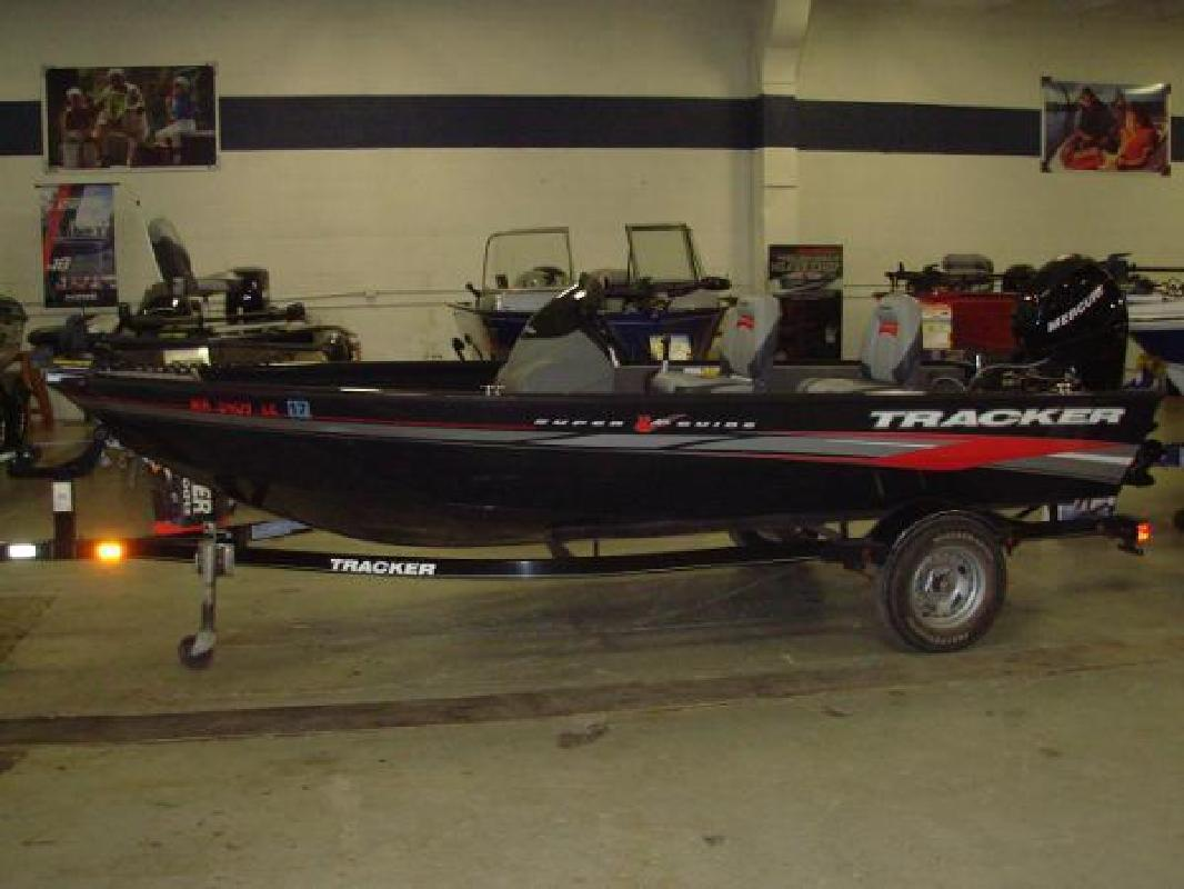 2011 Tracker Super Guide V-16 SC Shakopee MN
