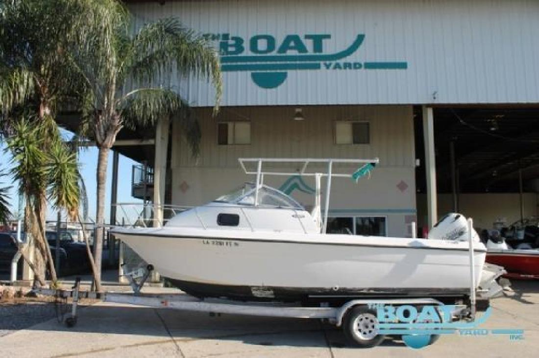 2001 HYDRA-SPORTS 212 Seahorse Walk Around Marrero LA