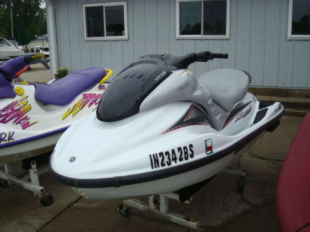 2000 11' Yamaha Wave Runner GP1200R for sale in Syracuse