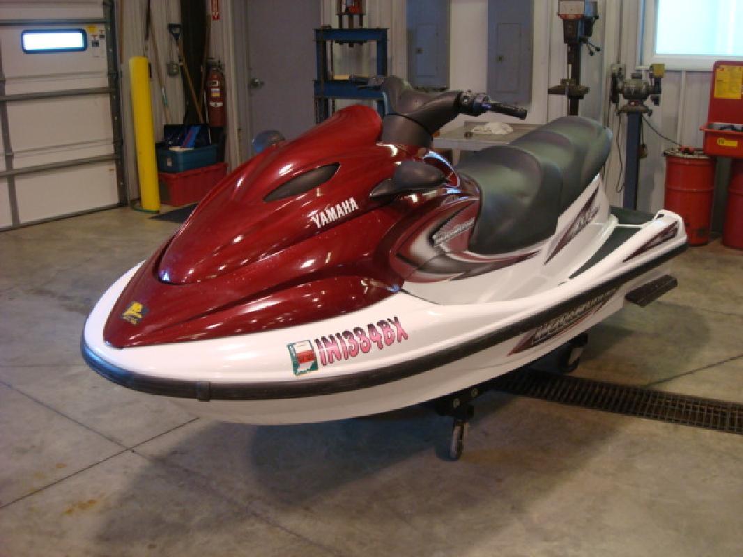 2002 11' Yamaha waveruuner XLT 800