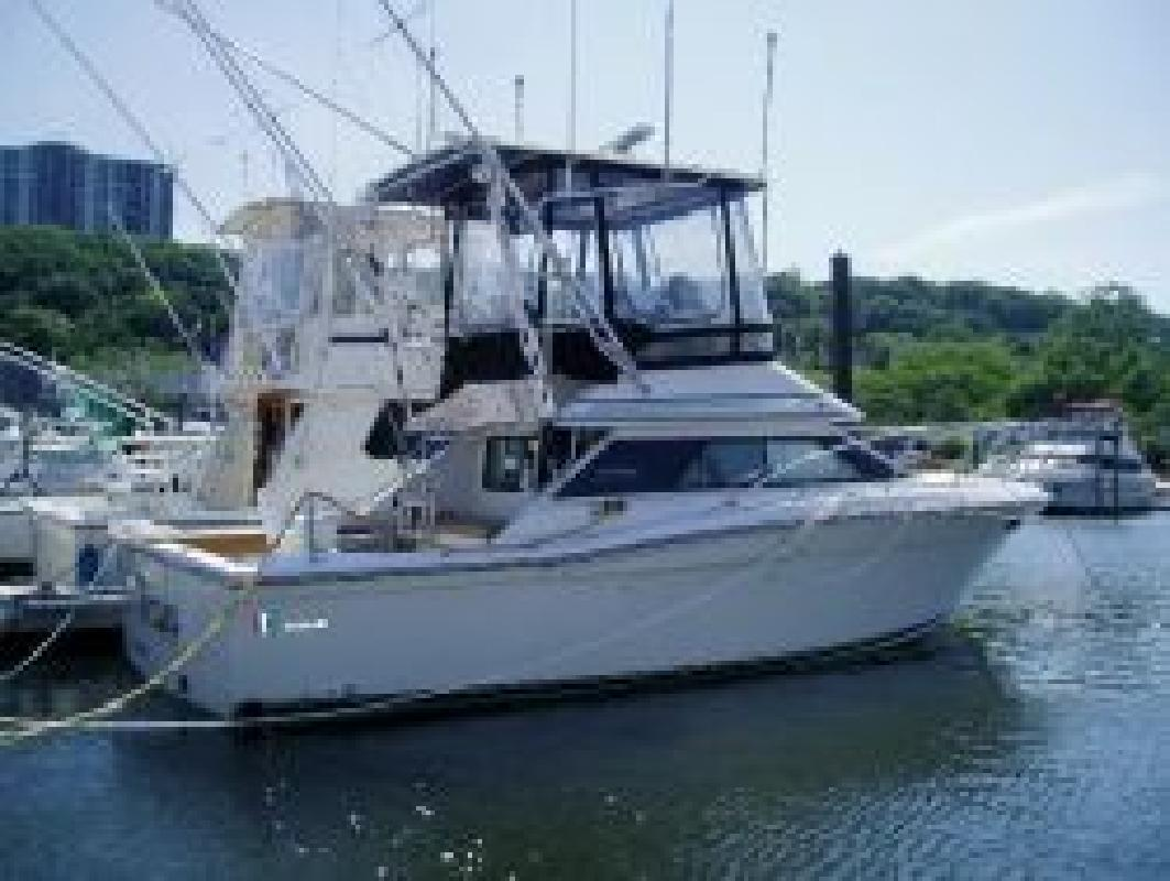 1990 33' Wellcraft Flybridge
