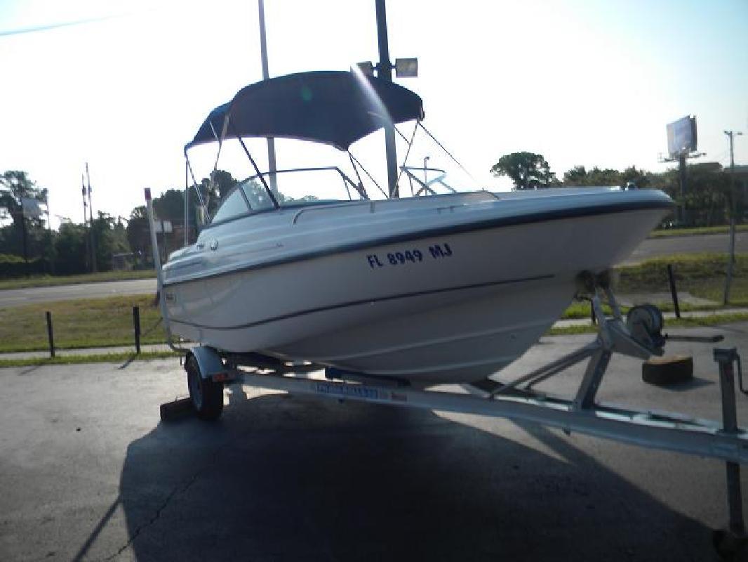 2003 18' Boston Whaler 180 Ventura
