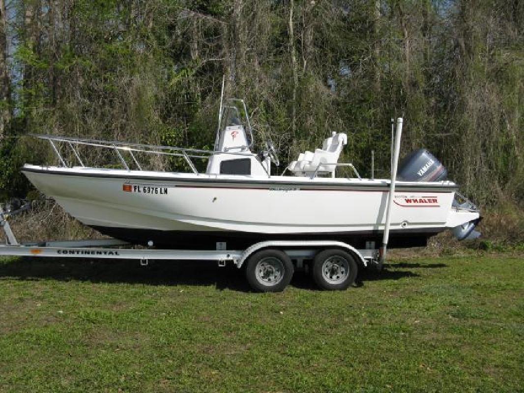 1996 20' Boston Whaler 20 Outrage for sale in Fort Myers, Florida