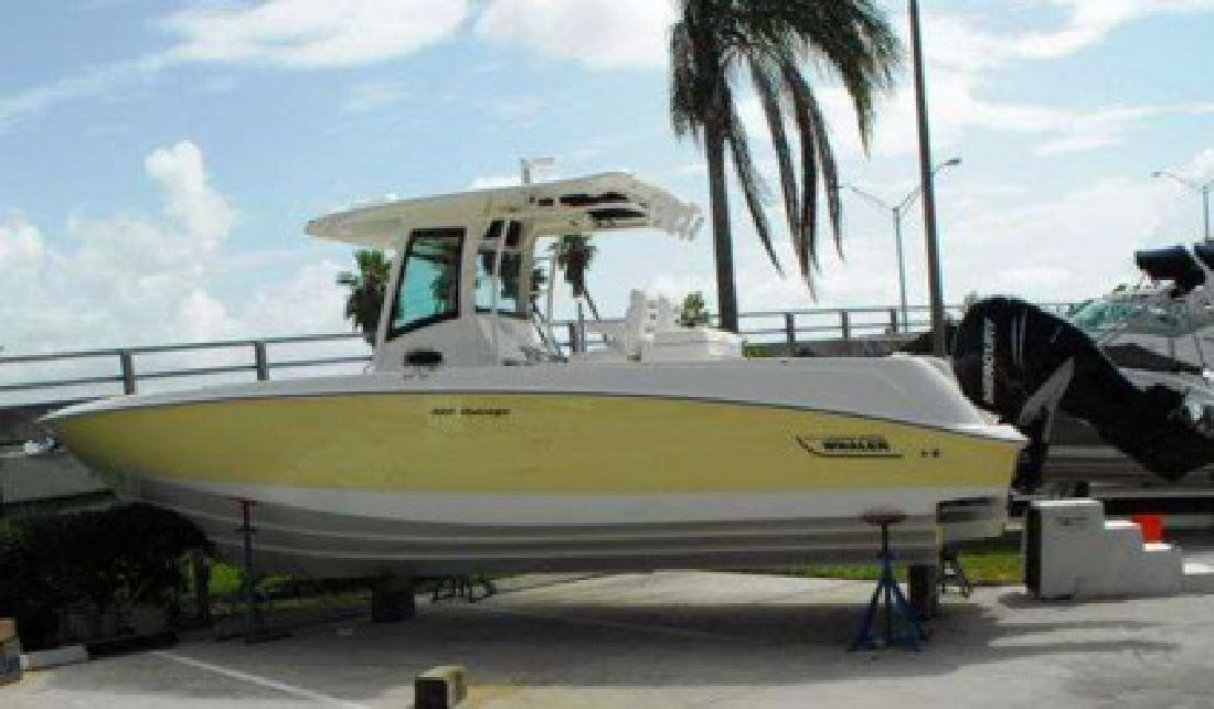 $240,833 2011 Boston Whaler 320