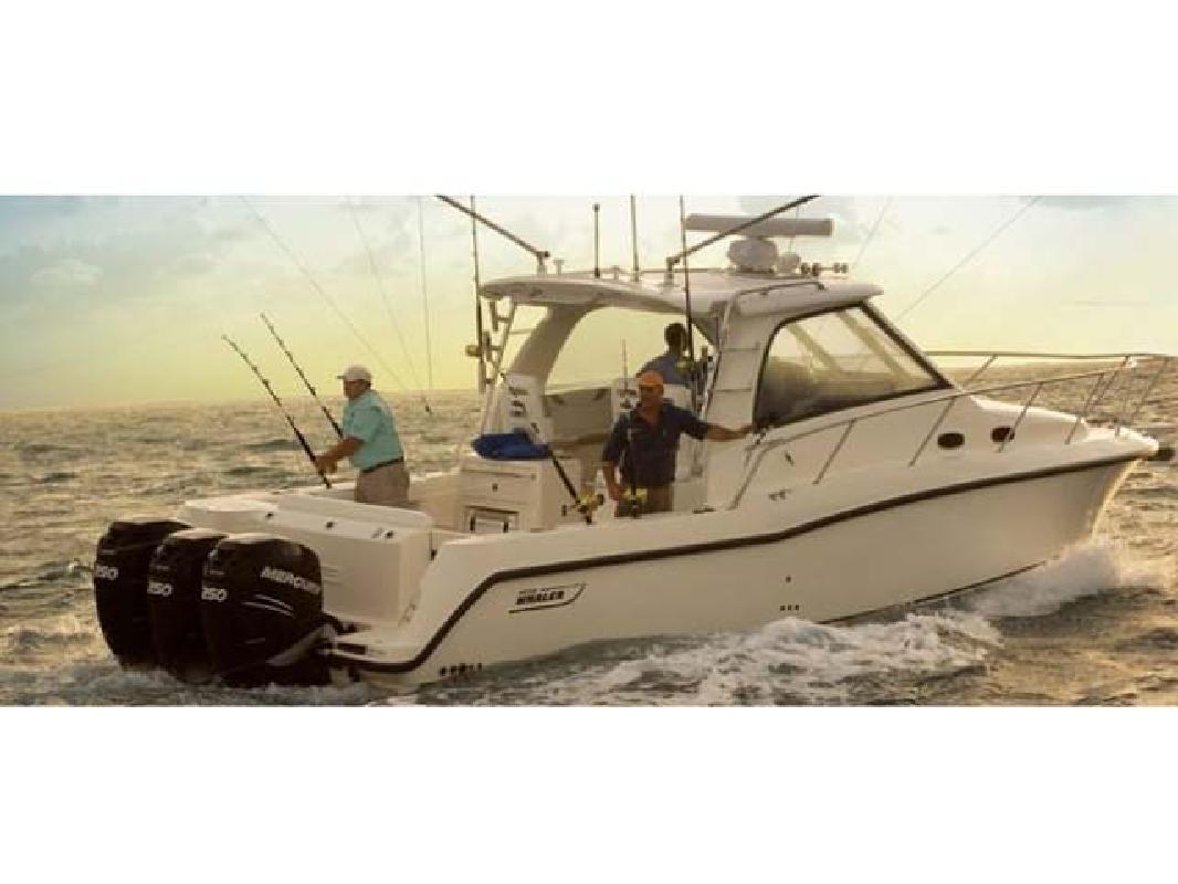 2009 35' Boston Whaler Conquest 345
