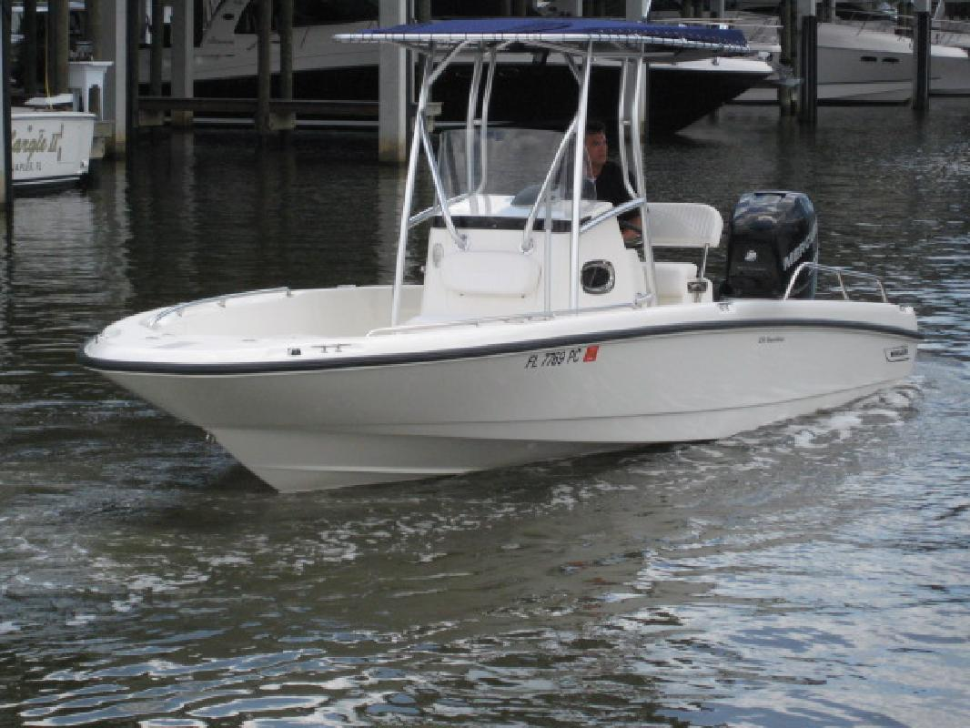 2010 23 39 boston whaler dauntless 230 for sale in naples for Fish camps for sale in florida