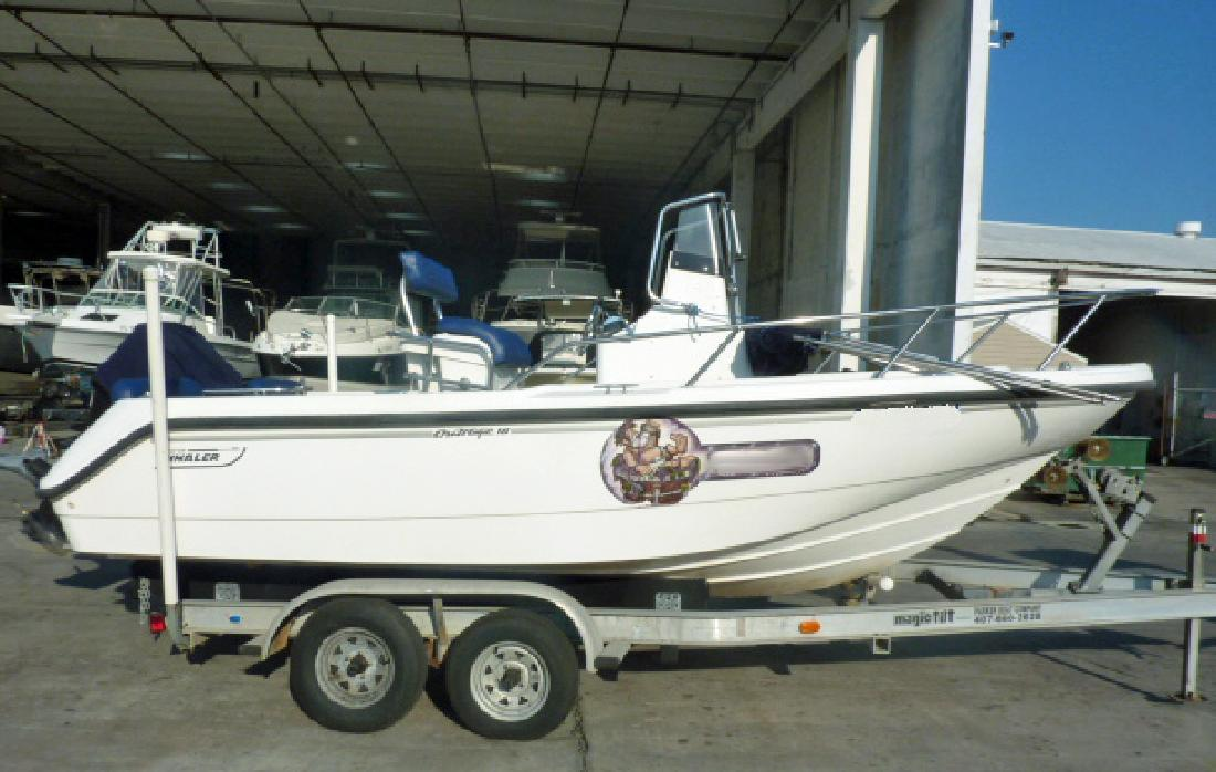 1999 18' Boston Whaler Outrage in Fort Lauderdale, Florida