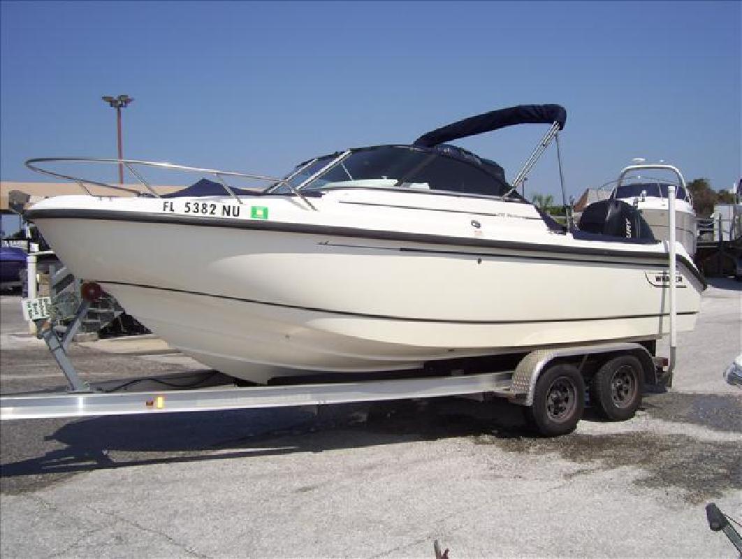 2007 20' Boston Whaler Ventura 210