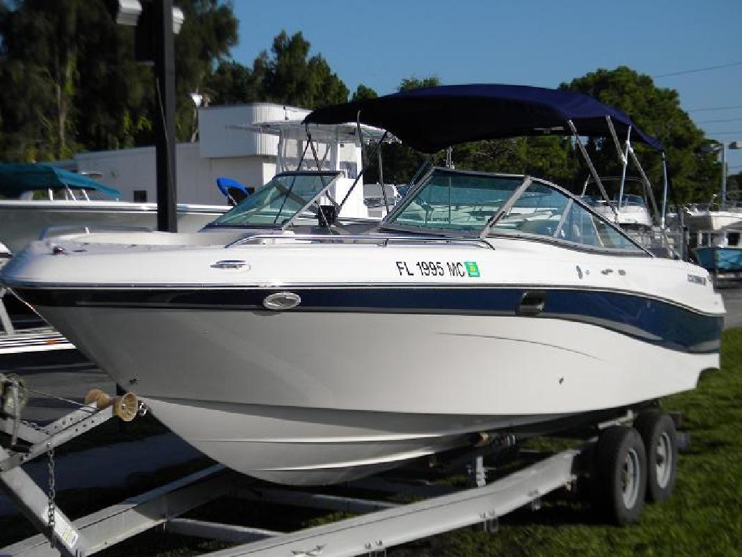 2002 26' Four Winns 260 Horizon in New Port Richey, Florida