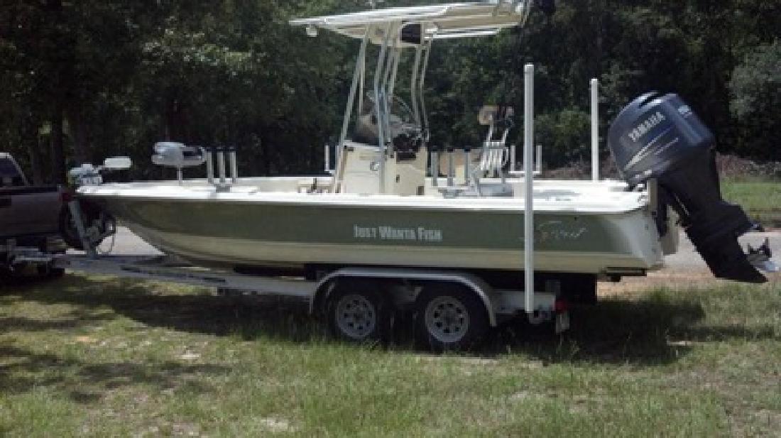 $38,000 2010 Scout 221 Winyah Bay Boat