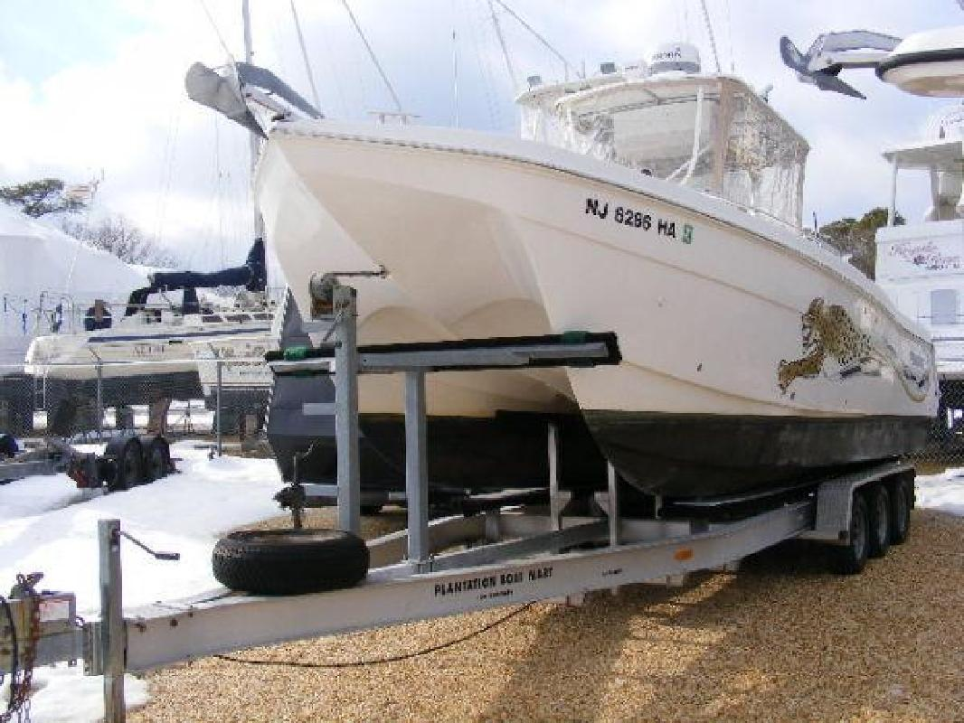 2007 27' ProKat Center Console with ENGINE WARRANTY UNTIL 2016!