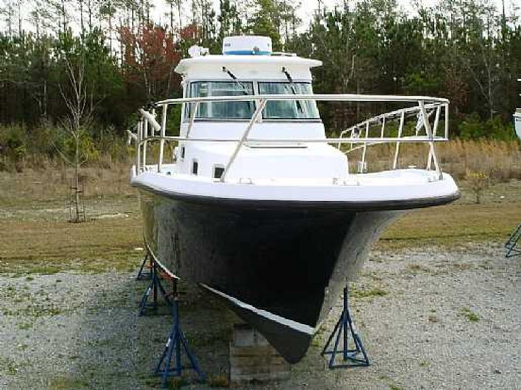 2001 28' True World Marine TE289