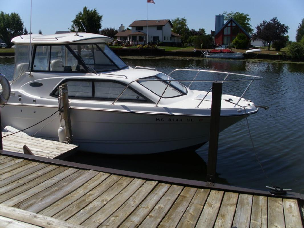 2002 - Bayliner Boats - 2452 XE in Au Gres, MI