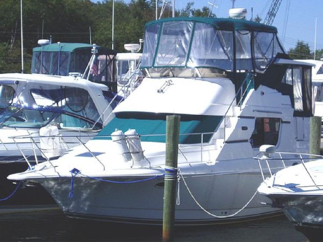 1998 32' Silverton Motor Yacht 322 Motor Yacht