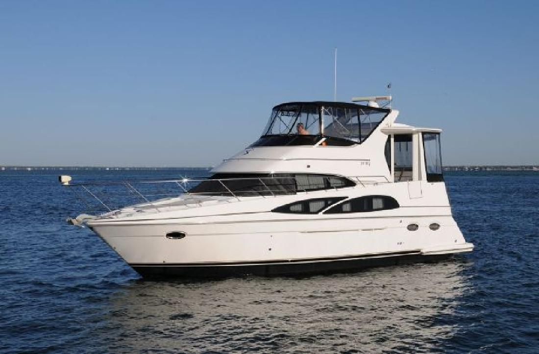 2005 39 39 carver motor yacht aft cabin for sale in destin for Carver aft cabin motor yacht