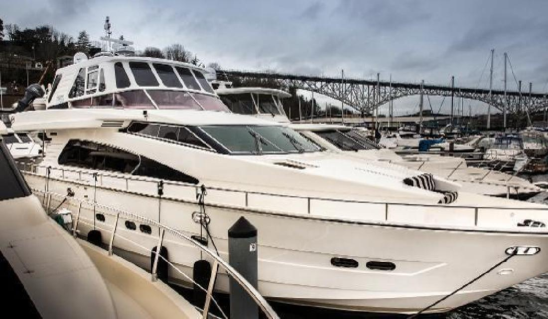 2000 Horizon 70 Motor Yacht Seattle WA