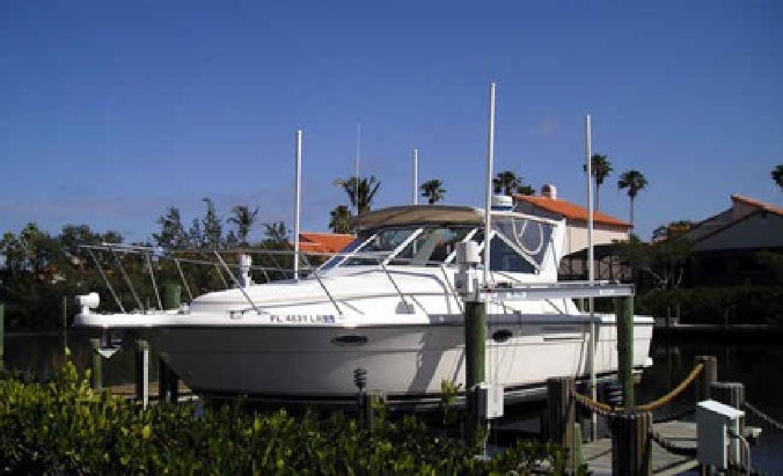 $55,000 Used 1999 Tiara Yachts 2900 Open