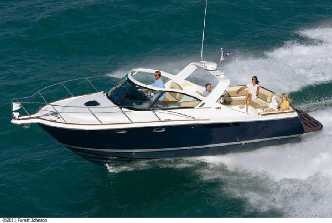 2012 33' Tiara Yachts 3100 Coronet