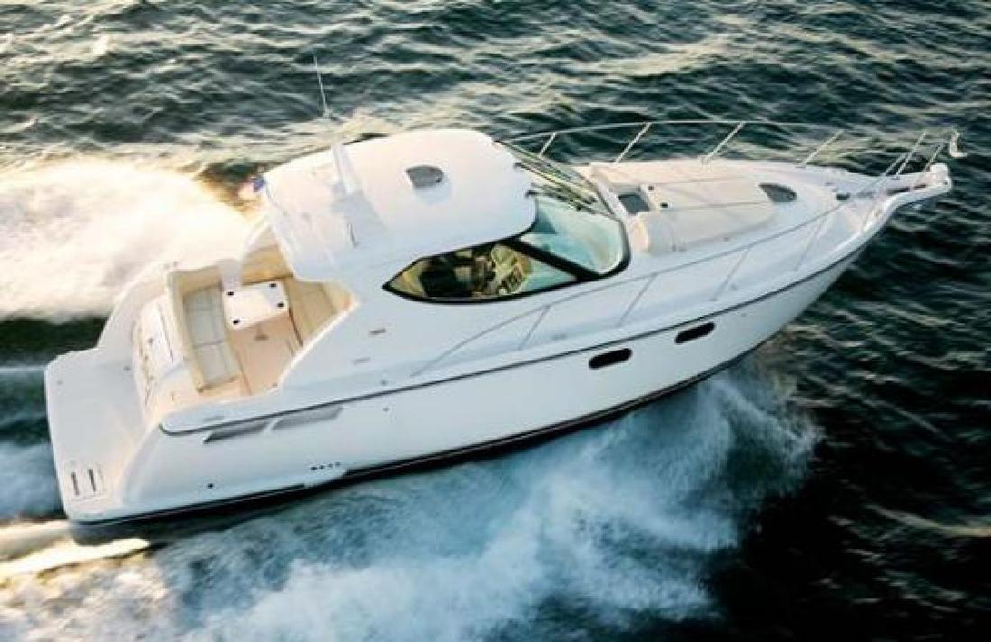 2013 41' Tiara Yachts 3900 Sovran