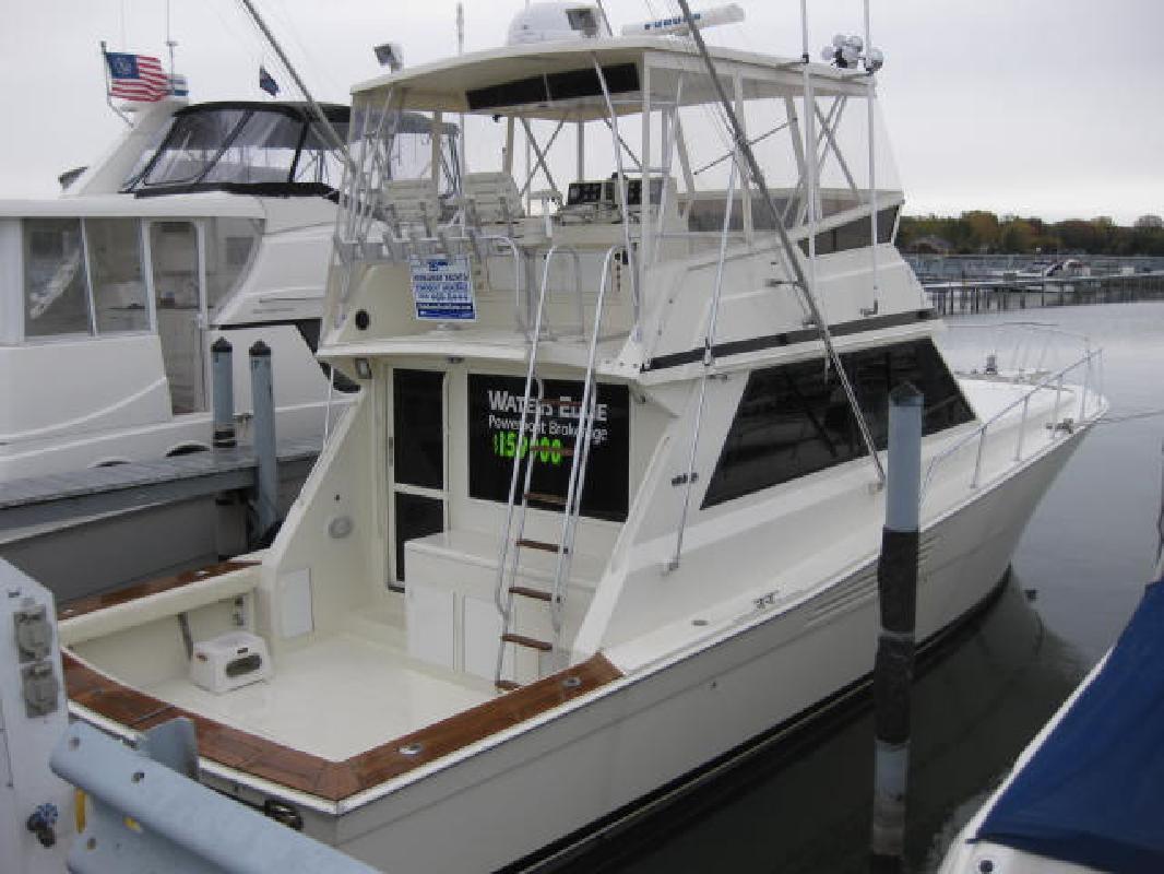 1989 45' Viking Yachts 45 Convertible in Harrison Township, Michigan