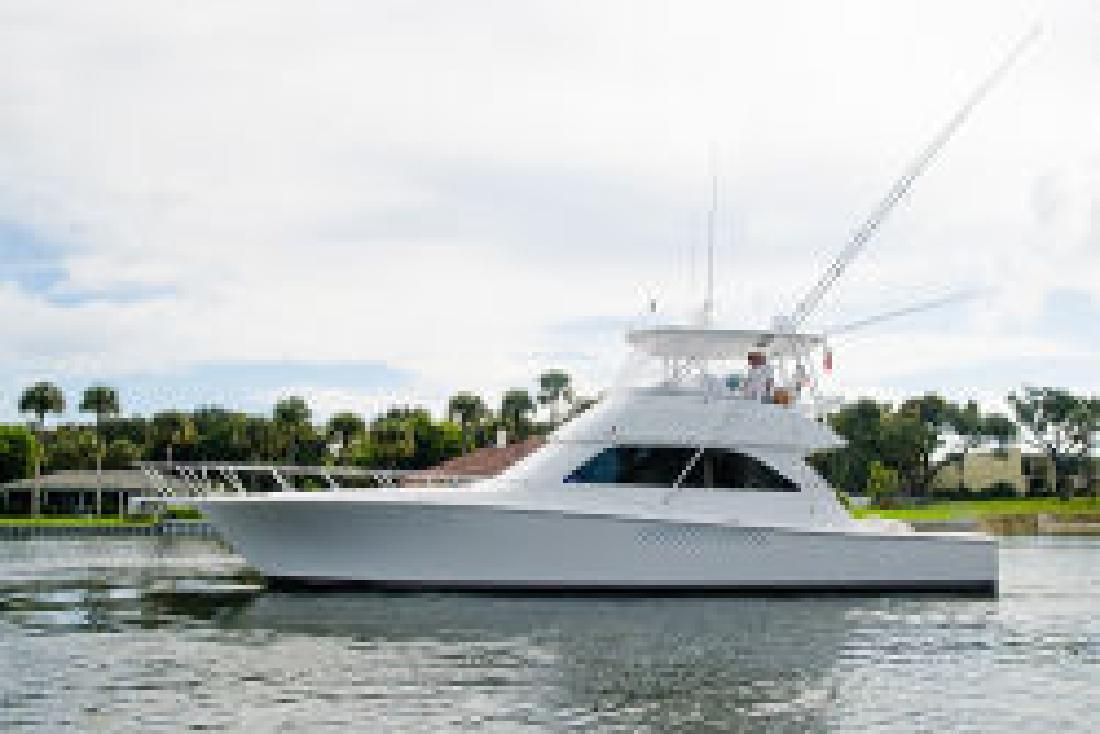 2002 52' Viking Yachts 52 Convertible