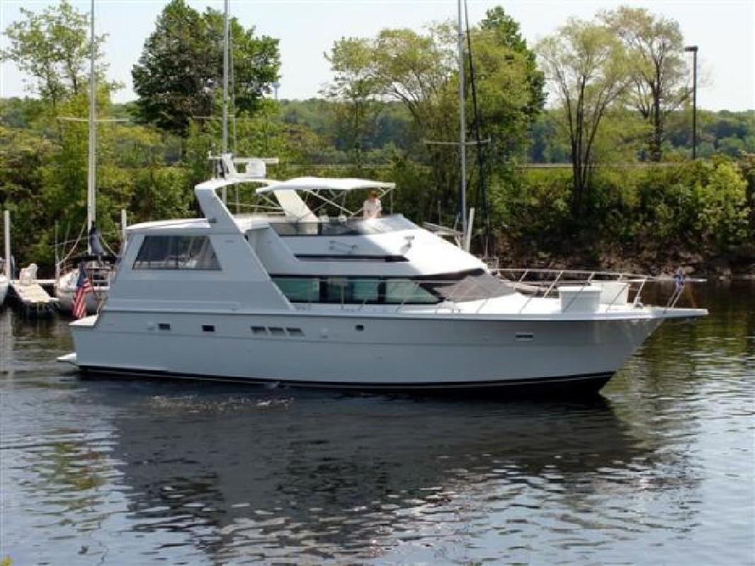 1993 52' Hatteras Yachts 52 CPMY in Bayport, Minnesota