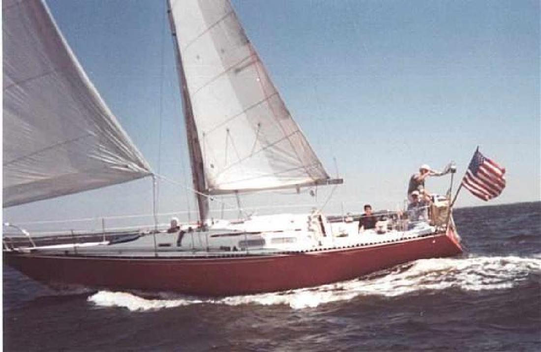 1977 38' C & C YACHTS CANADIAN BUILT SLOOP