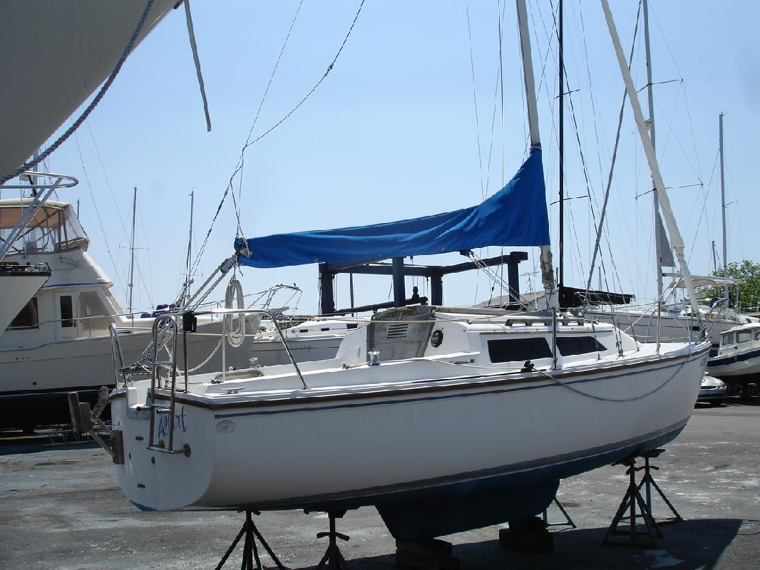 1986 21' CATALINA YACHTS Catalina 22 for sale in Bayshore
